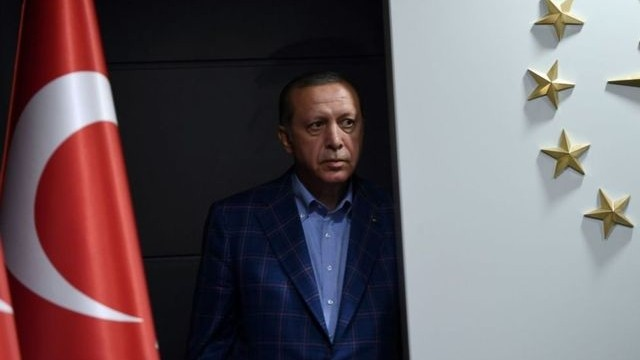 erdoganin yuz ifadesi